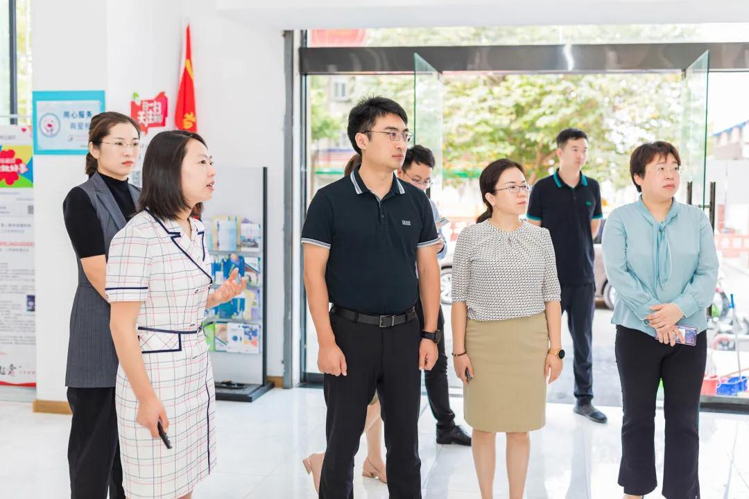 團省委權益部部長徐行來連調研青少年權益工作
